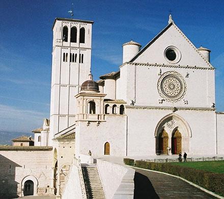 アッシジ、フランチェスコ聖堂と関連修道施設群の画像 p1_6